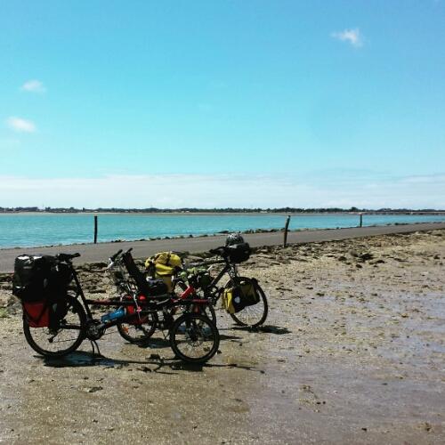 fietsen in de zee
